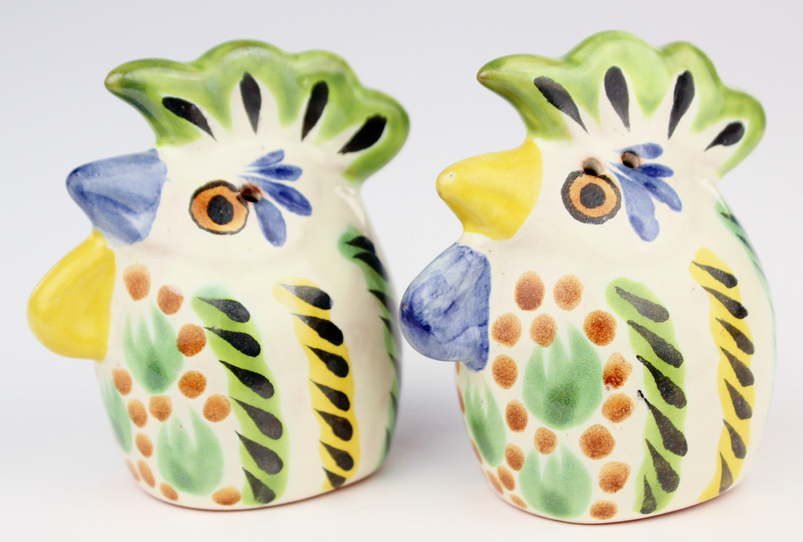 Gorky Gonzalez Majolica Ceramic Rooster Chicken Salt And Pepper Shakers