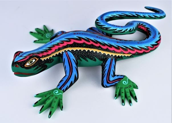 Oaxacan Wood Carving Reina Ramirez Large Museum Quality Green Blue Pink And Black Coiled Tail Iguana Lizard
