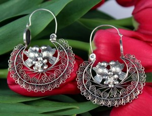 Oxidized Sterling Silver .925 Earrings Yesenia Salgado Museum Quality Filigree Side Hoop Earrings With White Pearl and Birds